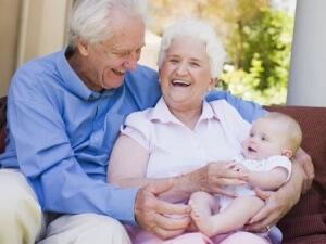 Si les grands parents gardent bébé : année incomplète