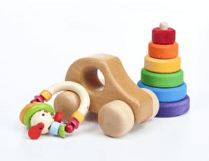 Jouets aux normes pour les assistantes maternelles